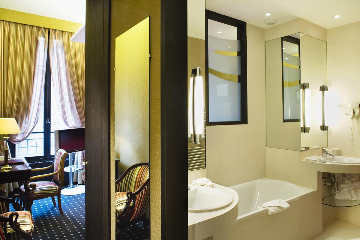 hauteur sous plafond 3m notre maison nailloux photos. Black Bedroom Furniture Sets. Home Design Ideas